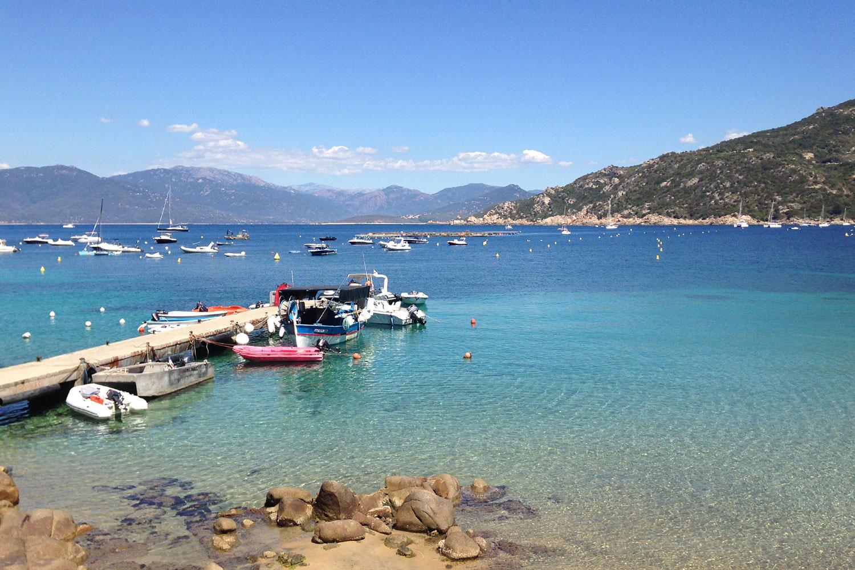 Vue de la mer et du ponton de Campomoro